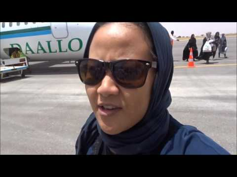 SUMMER VLOG 4    SOMALILAND, CAMEL MILK AND RAIN IN HARGEISA
