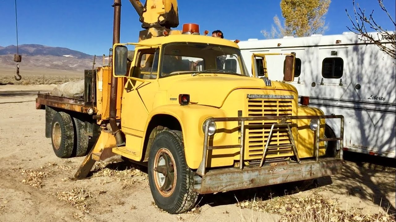 Driving A 1963 International Harvester Loadstar Boom Truck Youtube 1700 Wiring Diagram