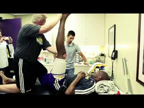 Novak Djokovic Visits The La Lakers Youtube