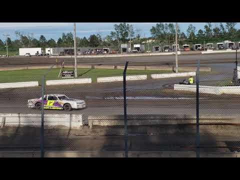 Jamestown Speedway - Bomber Heat# 3, 6/22/19