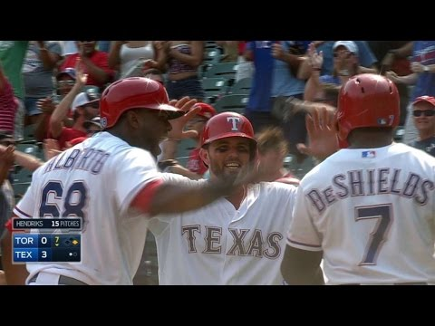 TOR@TEX: DeShields gets Little League homer on review