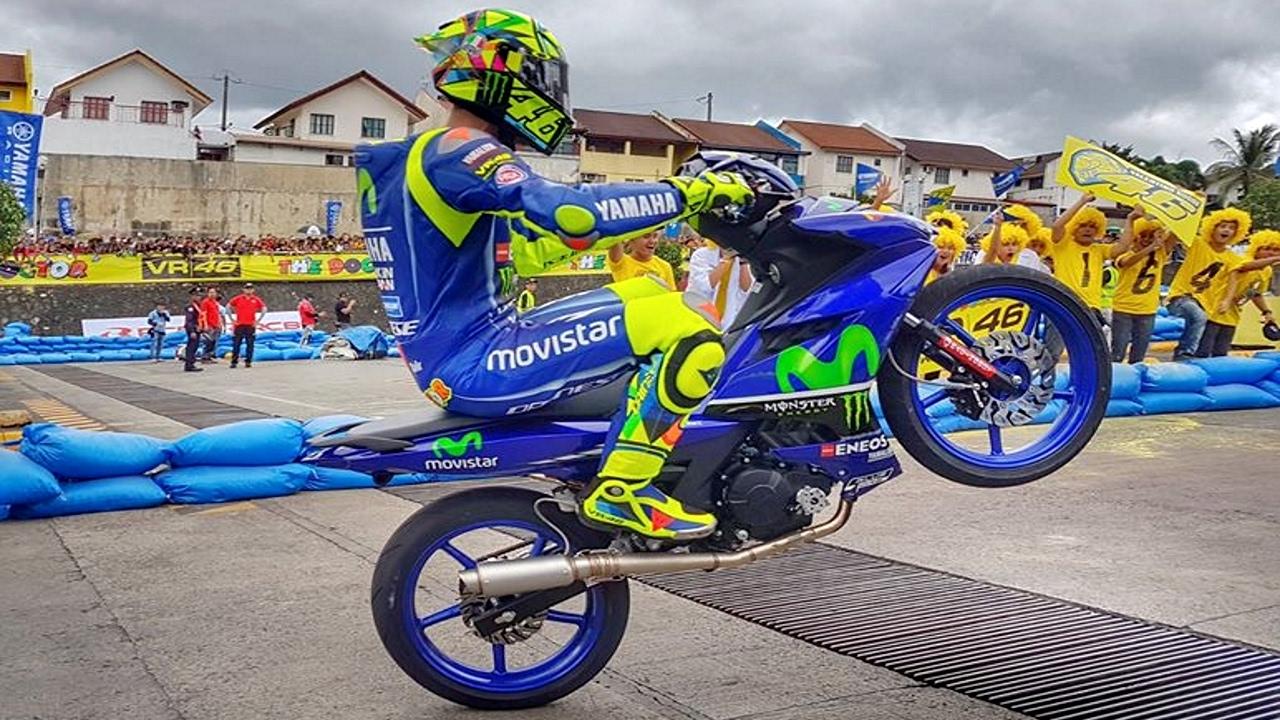 FIRST PUBLIC RACE of Valentino Rossi and Maverick Viñales (MotoGP Yamaha GP) - YouTube