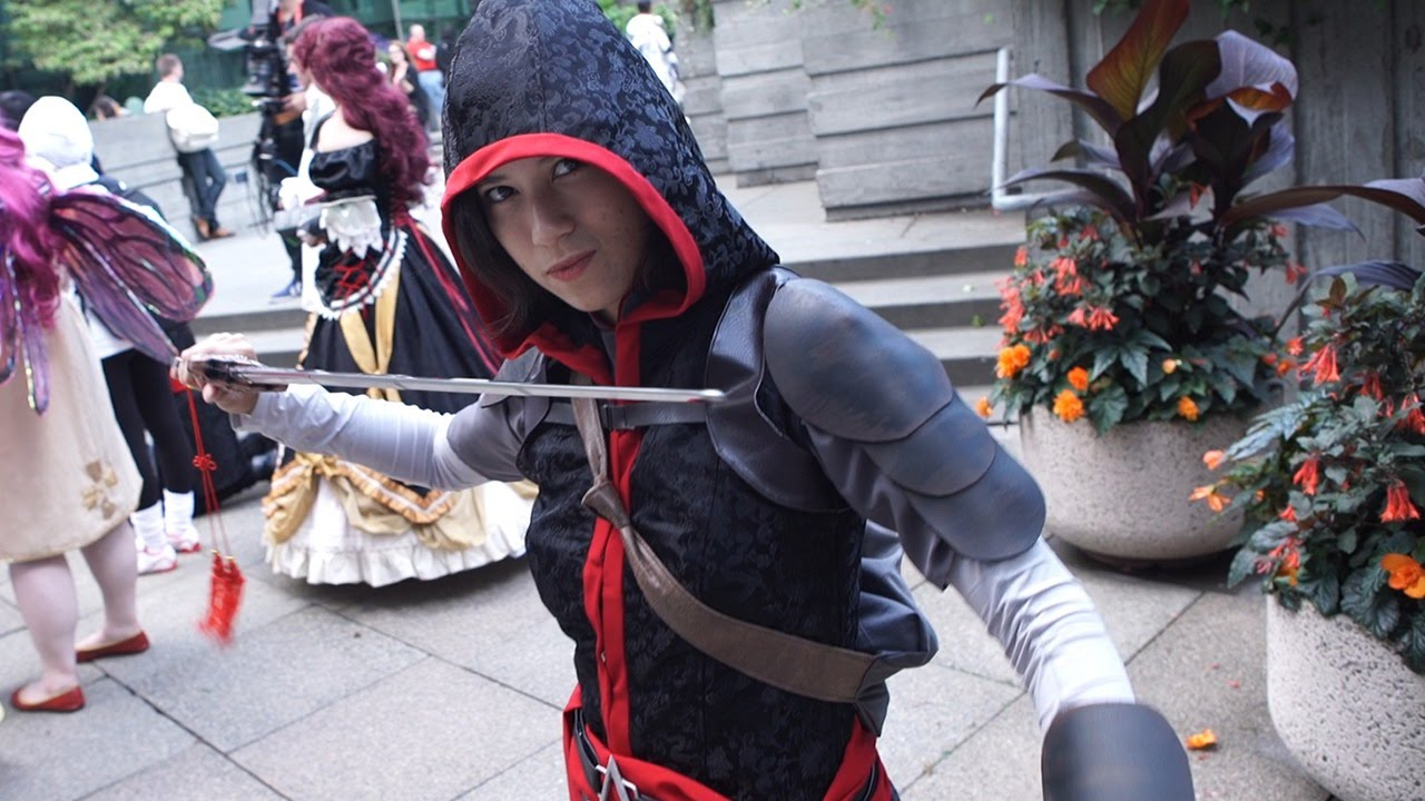 Assassin S Creed Cosplay Swoops Into Pax Prime 2015 Ign Access