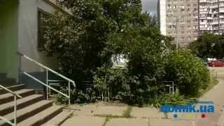 Мате Залки, 4Б Киев видео обзор(Улица Мате Залки, 4-Б. 16-ти этажный дом, построенный в 1977 году из железобетонных панелей. Здание расположено..., 2014-09-15T15:27:30.000Z)