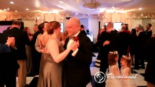 Binghamton Wedding DJ Jimmie Malone performs at Traditions at the Glen in Johnson City