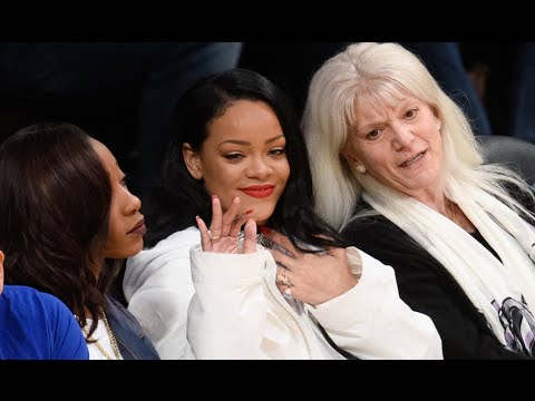 Rihanna Flirts With Lebron After Cavs Defeat Raptors Game 2 Eastern Conference Finals