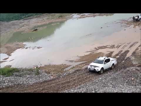 Mitsubishi L200 & JEEP Wrangler & Cj5 & Cj7   OFF ROAD test