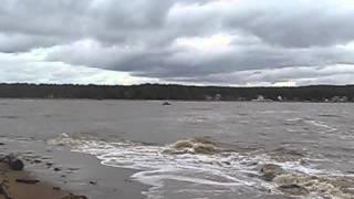 Белое море штормит(берег белого моря река тамица., 2013-10-13T15:14:22.000Z)