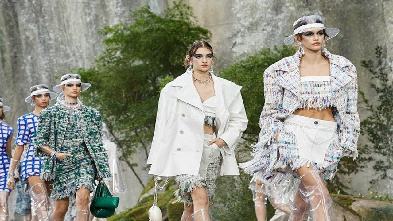 Chanel - HD | Spring/Summer 2018 | Paris Fashion Week