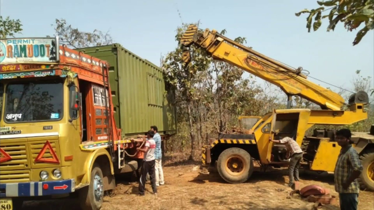 FIRST TIME in INDIA! CONTAINER HOUSE SHIFT IN JUNGLE