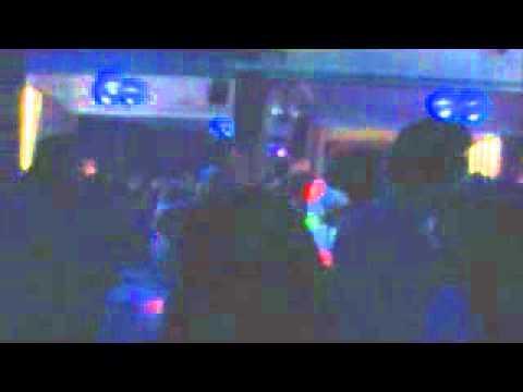 Sunday Television-Fuck the Poussers(En vivo)