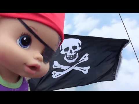 Bela e Magu libertam a Pirata Bia Bagunça e vão procurar o Tesouro escondido.