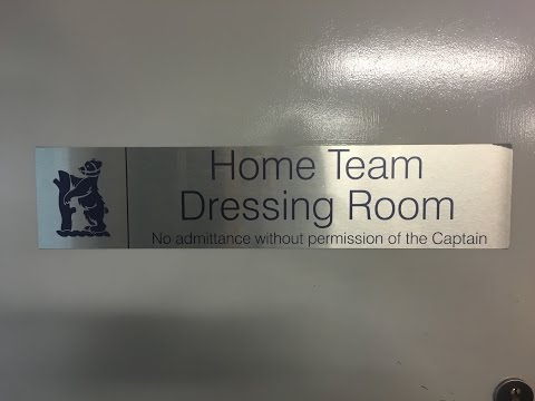 England Dressing Room Tour: Chris Woakes In Birmingham