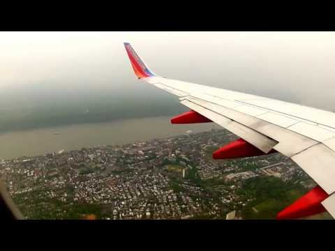 Landing at LGA - NY LaGuardia Airport