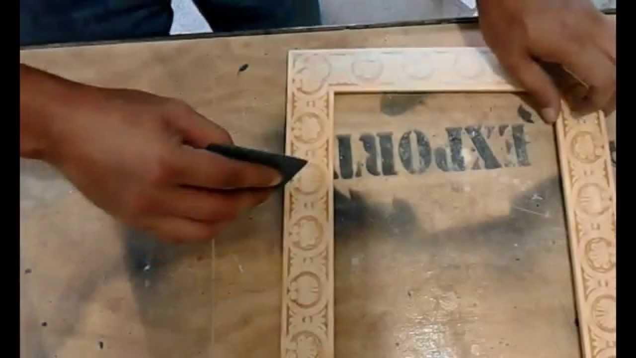 Como hacer un marco de madera youtube for Como hacer un espejo con marco de madera