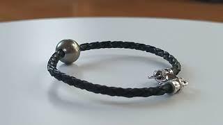 Bracelet cuir noir tressé vidéo