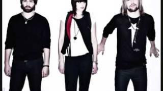 Band of Skulls - I KNOW WHAT I AM (with lyrics)