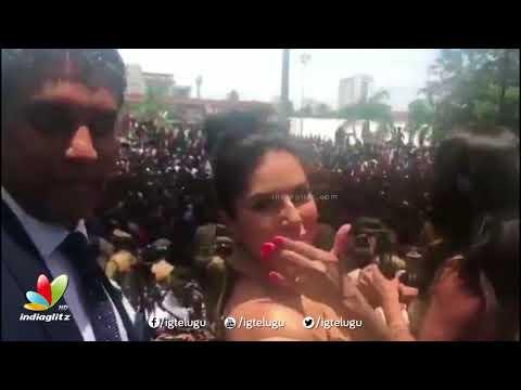 Sunny Leone Craze in Kochi