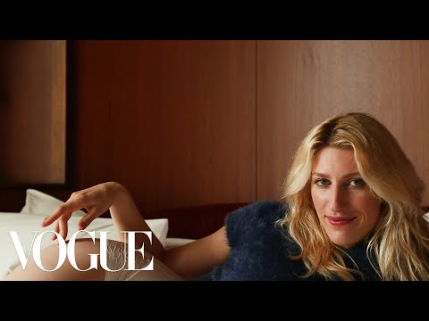 Download Youtube: Karley Sciortino Found Unidentified Panties in Her Boyfriend's Bed | Sad Hot Girls | Vogue