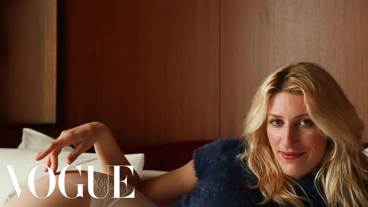 Karley Sciortino Found Unidentified Panties In Her Boyfriends Bed Sad Hot Girls Vogue