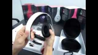 White Beats Studio by Dr. Dre Headphones DJ Over-Ear Headphone with Noise-Cancelling