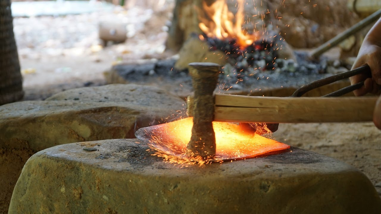 Primitive Skills Forging a Shovel