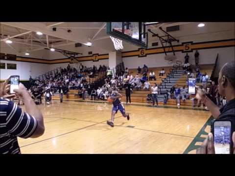 slo-mo dunk from Allen Iverson Roundball classic