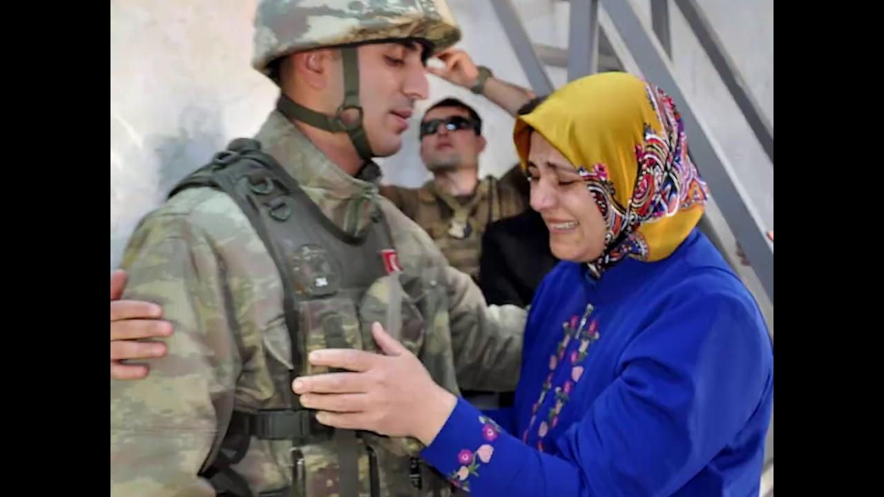 Sınırda nöbet tutan Mehmetçiğe