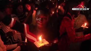 Jionea walivyokaribisha mwaka na wasiofanya kazi wachapwa kanisani na Bishop wao