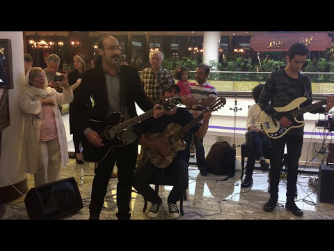 Life Band performing old pop songs at Palladium mall in Tehran
