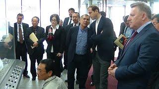 Как Минниханов и Мантуров изучали новые технологии переработки в Японии(Президент РТ Рустам Минниханов вместе с министром промышленности и торговли РФ Денисом Мантуровым посетил..., 2016-02-29T07:29:01.000Z)