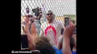 Carmelo Anthony has arrived in OKC!  👀  (Via @FredKatz)