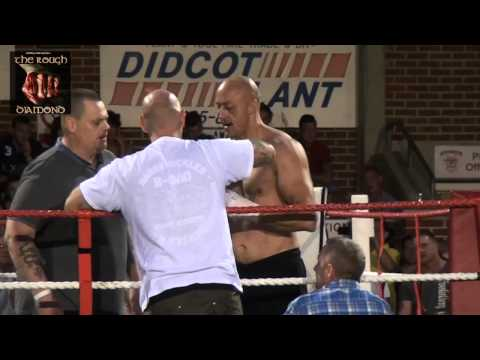 Monaghans Prize Fighters - Bare Knuckle Boxing Paul Knight v Clifford Grey