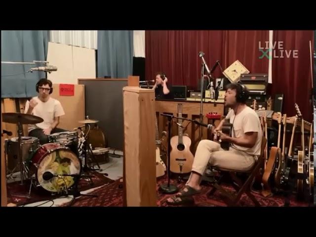 Fleet Foxes - Featherweight (Live)