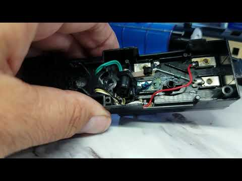 How to:   Clean corroded battery terminals - 😊