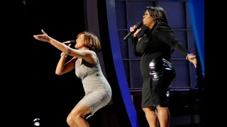 """Whitney Houston and Kim Burrell perform """"I look to you"""" HD"""