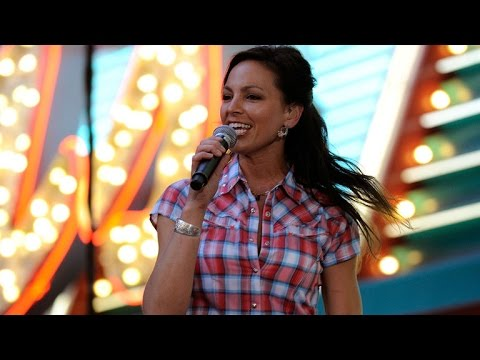 Joey Feek Explains How Her Final Album Helped Her Heal: These Songs 'Have Given Me Such Hope'