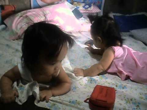 Babies Nixie & Jaeya -- Gumagapang na...