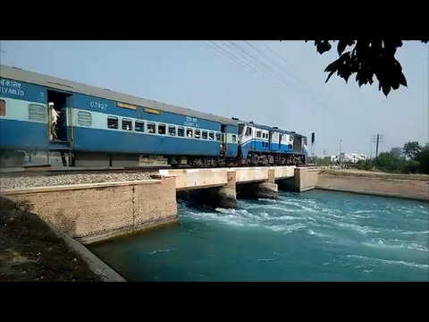 Trains Passing Through Beautiful Bhakra Canal!