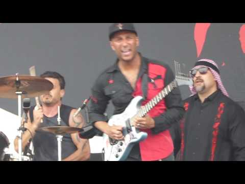 [HD] Prophets Of Rage - Tom Morello Guitar Solo (Live @ Rock Werchter)