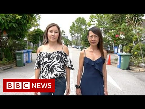 Singapore: The mums asking suicidal teens to 'please stay' - BBC News