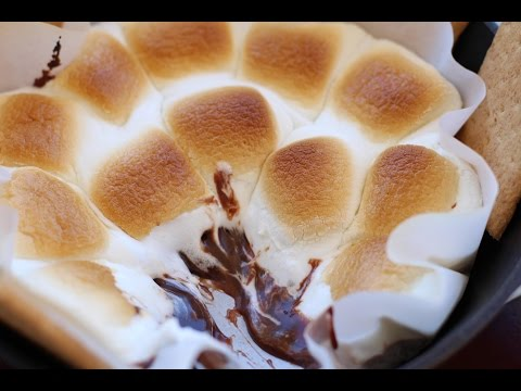 Baked S'mores - The Chocolate Stays Soft And Creamy By Rockin Robin