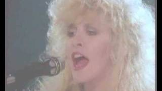 Fleetwood Mac Stand Back - Live in 1987.mp3