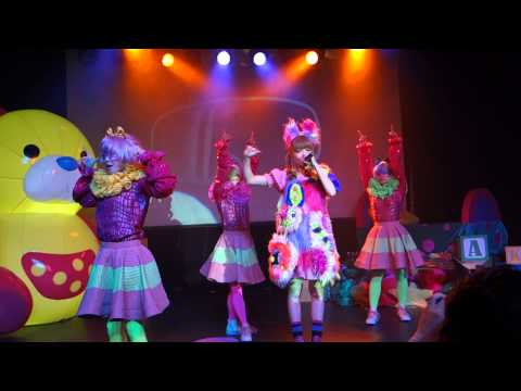 [Front Row] Opening and Invader Invader - Kyary Pamyu Pamyu World Tour 2014 (Seattle)