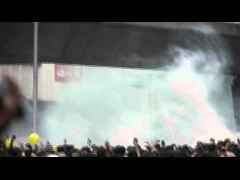 Bersih 2.0 Rally - Green chemical water sprayed on Protesters HD