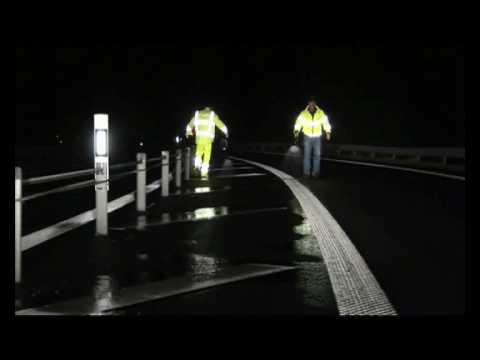 Retro reflection wet-night performance of type II ...