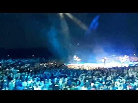 U2 - New Year's Day - The Joshua Tree Tour 2017 - Qualcomm Stadium - San Diego, CA - 9/22/2017