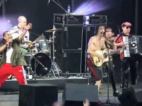 Копия видео Gogol Bordello in Moscow 29.06.11