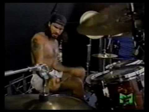 Red Hot Chili Peppers - Knock Me Down Live Pink Pop 1990