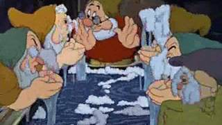 Blancanieves y los siete enanitos: Canción del baño